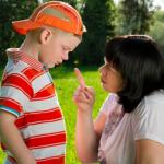 小学生が嘘をつく理由とは?低学年の対処法とは?