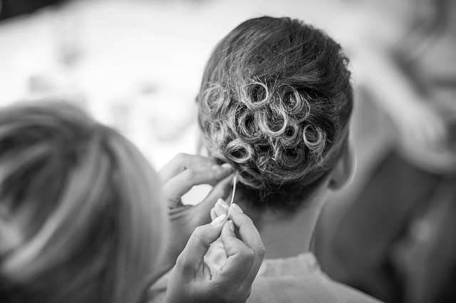 hairstyle-725283_640 (1)