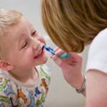子供が歯磨きを嫌がる?楽しく磨くポイントとは?