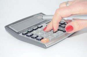 calculator-428294_640_r